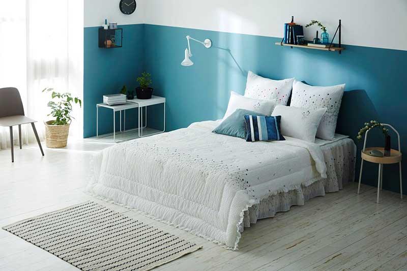 Mẫu chăn mền audrey màu xanh biển