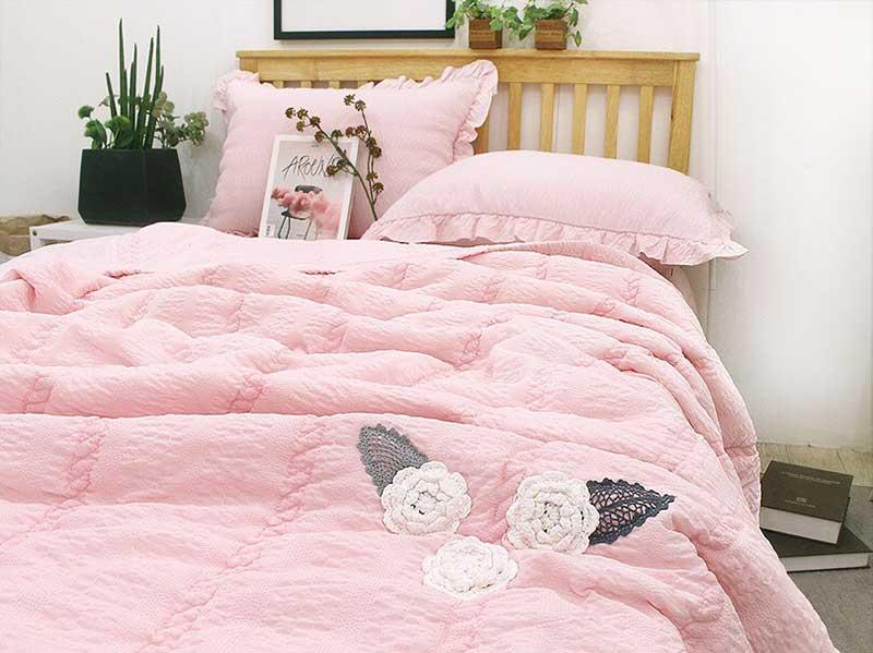 Bộ chăn mền cao cấp thuê hoa Ravina màu hồng
