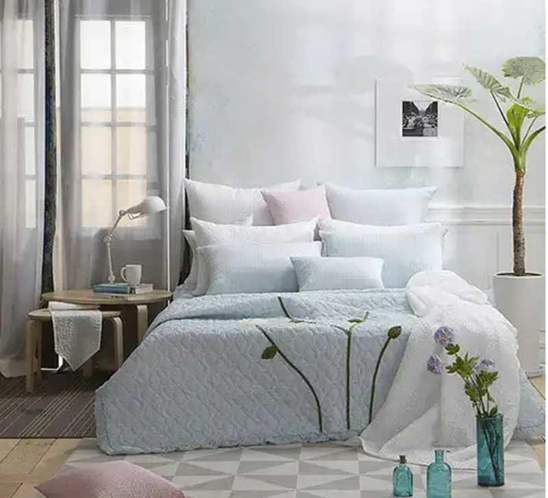 Bộ chăn mền thêu hoa thủ công Susanna màu xanh